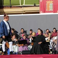 Actuación de la rondalla de Peña Fragatina